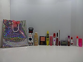 Maybelline Make Up Beauty Geschenk-Set in Herz Form Box, 6-tlg. (Maybelline Make-up Box)
