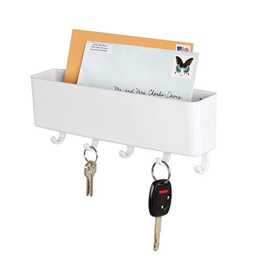 mDesign Schlüsselbrett mit Ablage - wandmontierte Schlüsselleiste mit Briefablage aus Kunststoff - ideal für ordentliche und platzsparende Aufbewahrung von Schlüsseln, Briefen, Prospekten - weiß
