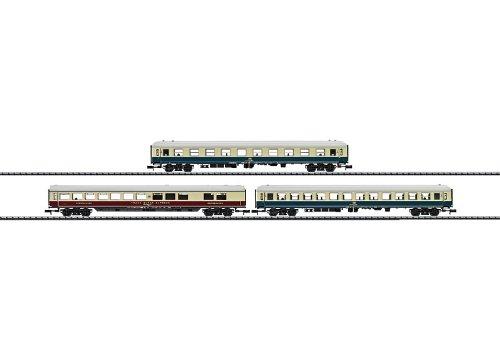 3 Voitures de voyageurs MINITRIX T15377 N IC 2410 DB
