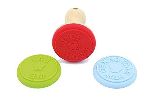 fackelmann-sello-para-galletas-con-mango-de-madera-3-diferentes-moldes-marron