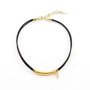 Halsband aus Leder mit Details aus Tube und Feder.Braune Farbe.Valentinstag Geschenk für sie.