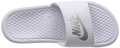 Nike Damen Benassi Just Do It Dusch-& Badeschuhe Weiß (White/Metallic Silver)
