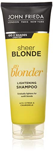 John Frieda Sheer Blonde Go Blonder Shampoo - 250 ml - aufhellend - mit Citrus und Kamille - hellt stufenweise auf - auch für farbbehandeltes Haar -