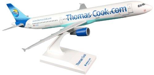 skymarksskr731-thomson-airways-boeing-787-8-dreamliner-with-gear-1200-snap-fit-model