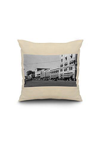 yakima-washington-street-scene-view-of-jc-penneys-18x18-spun-polyester-pillow-case-black-border