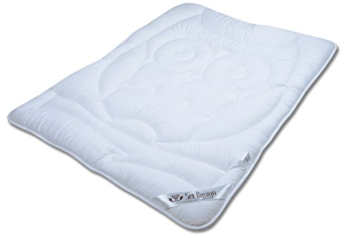 Sei Design® Bettdecke 100x135 Eule winterwarm mit weichstem Mikrofaserbezug - extra weich und anschmiegsam. Schadstoffgeprüft nach Öko-Tex Standard 100 und für Allergiker empfohlen.