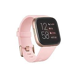 Fitbit Versa 2 - Gesundheits- und Fitness-Smartwatch mit Sprachsteuerung, Schlafindex und Musikfunktion, Crème/Kupferrosé
