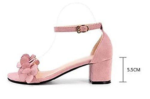 Sommer in den rauen mit Sandalen weiblichen Sandalen mit dem Wort cingulären Pink