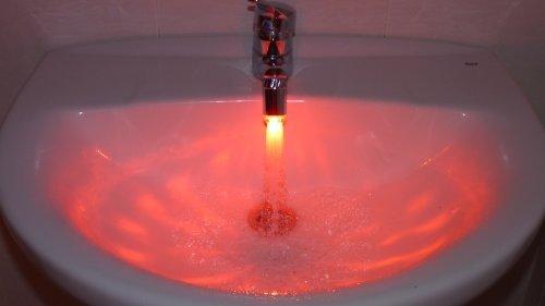 Luce al LED ad acqua per rubinetto idraulico miscelatore – Sensore di temperatura con adattatore per il rubinetto – Argento