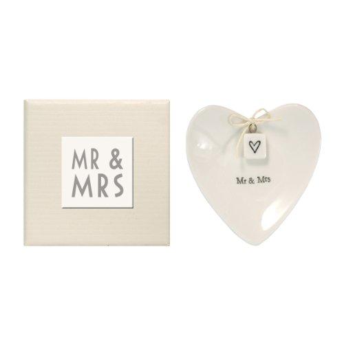 Herzförmige Schale zur Ringablage mit Aufschrift Mr & Mrs von East of India, mit Geschenk-Box, Porzellan