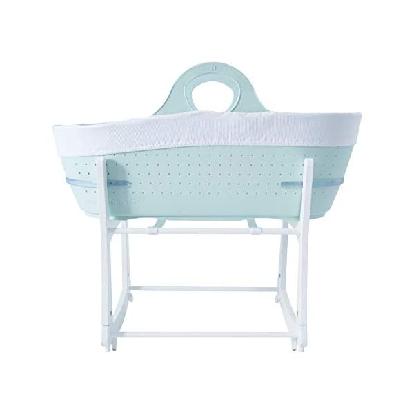 Tommee Tippee Sleepee Baby Moses Basket and Rocking Stand Green Tommee Tippee Safe, modern, portable baby moses basket, perfect to keep your newborn baby nearby as they sleep, day or night. your sleepee moses basket comes with complete with mattress, liner and rocking stand. Choose static or rocking position, the curved base on the stand allows you to gently rock your baby to sleep and features adjustable safety stops to give you the option of rocking or keeping it still. Easy to clean, the sleepee moses basket can be cleaned with warm soapy water. the water-resistant mattress cover is wipe clean and machine washable. the 100 % cotton liner is machine washable. 3