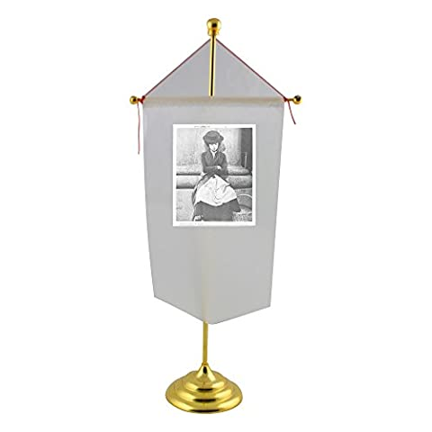 Audrey Hepburn Costumes - Table flag with Audrey Hepburn sitting in