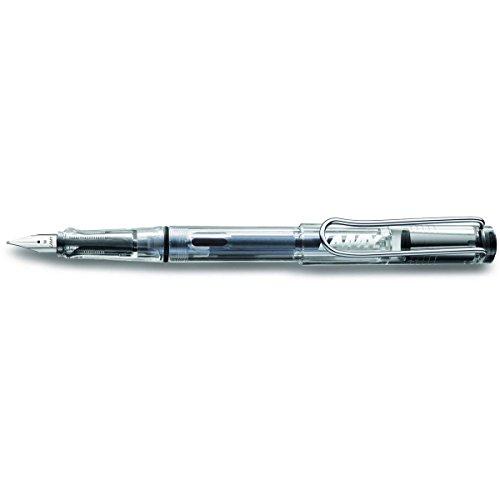 La marca de escritura Lamy, es una de las mas prestigiosas del mundo. Lamy, ubicada en Heidelberg (Alemania) fabrica sus bolígrafos, Roller, portaminas y plumas estilográficas en su fábrica al 100%. La marca tiene como que cuenta con prestigiosos pre...