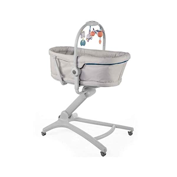 Chicco Baby Hug 4-in-1 Solution Glacial, 10.2 kg Chicco Multifunctional solution: comfy crib, a recliner from birth, a convenient highchair and finally your child's first chair from 6 months Adjustable height and backrest and 4 wheels Removable reducer to make the recliner suitable from birth 1