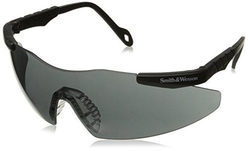 smithwesson-magnum-3g-safety-glasses-black-frame-smoke-lens