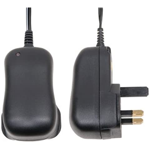 Energy efficient universal switch mode power supply mains adapter / charger 1000mA (Mercury 661.401) - Powers up to 1 amp - Output: 3, 4.5, 5, 6, 7.5, 9 & 12 volts DC - 8 DC jack plugs - UK, USA & Europe by Mercury