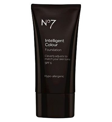 No7 Intelligent Colour Foundation 04 Extra