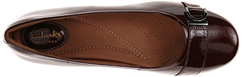 Clarks Concerto pompa Banda Wedge Burgundy Patent Leather