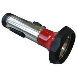 Preisvergleich Produktbild Klassische Retro Taschenlampe mit moderner LED-Technik inkl. 2x Mono Batterien