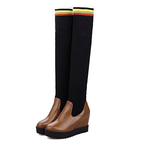 AllhqFashion Damen Gemischte Farbe Hoher Absatz Blend-Materialien Ziehen Auf Stiefel Braun