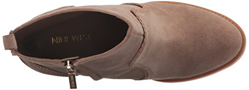 Nine West Womens Quicksand Suede Boot Natural