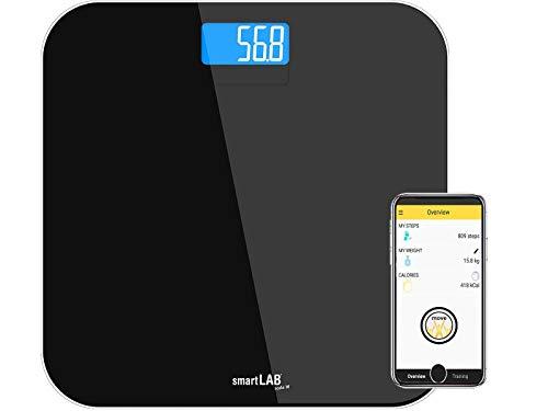 """""""La básculaescala de baño moderno para que"""" smartLAB scale W es una báscula de baño en un diseño único para el peso corporal. La báscula puede pesar hasta 150 kg con una división de 0,1 kg. Los sensores G de alta precisión y la tecnología Sense-on ha..."""