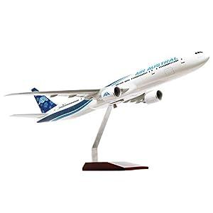 SOCATEC- Maqueta B777-300ER Air Austral, Resina 1/100e, 11252, Gris