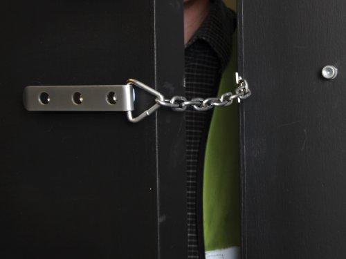Yale Locks P1040SC Chaîne de portes haute sécurité finition chrome