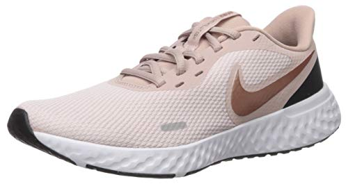 Nike Revolution 5, Chaussures d'Athlétisme Femme, Multicolore (Barely Rose/MTLC Red Bronze/Stone...