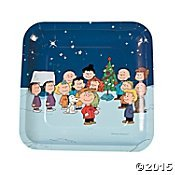 Peanuts Christmas Paper Plates Square Dinner Size 'Charlie Brown, Snoopy and the Gang' by Peanuts (Charlie Brown Party Supplies)