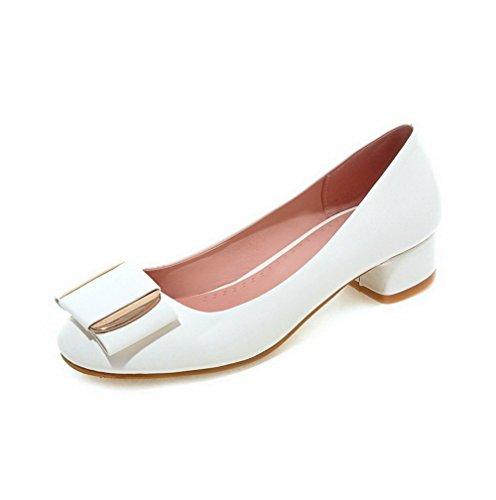 AllhqFashion Damen Eingelegt Ziehen Auf Lackleder Quadratisch Zehe Pumps Schuhe Weiß