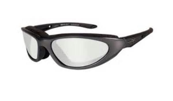 debba26644d Wiley X Sunglasses Blink Polarized 557  Amazon.co.uk  Clothing