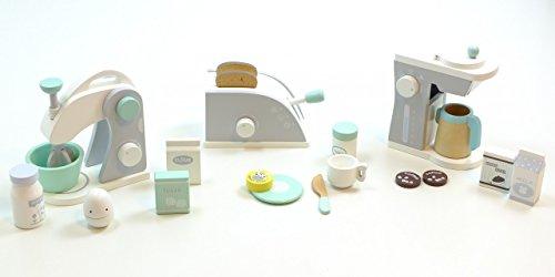 Haushaltsset: Kaffeemaschine, Toaster + Mixer / mit verschiedenen Zubehörartikeln / Material: Holz...