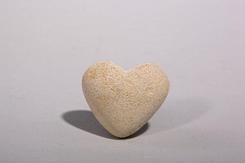 Herz klein - Handarbeit in Sandsteinoptik - 3,5 x 3,5 x 2,5 cm