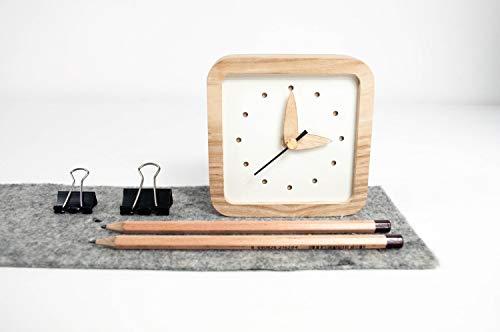 Kleine hölzerne Tisch Uhr - einzigartige Eichen Holz Uhr - quadratische Tisch Uhr - weiße Tisch Uhr - exklusives Business-Geschenk mit Logo -