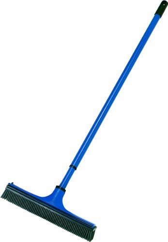 V7 Universal-Kehrbesen, V-Besen mit V-förmigen Borsten, Teleskop-Stiel und Gummilippe zum mühelosen Entfernen von (Tier-) Haaren, Staub, Schmutz, Wasser, blau