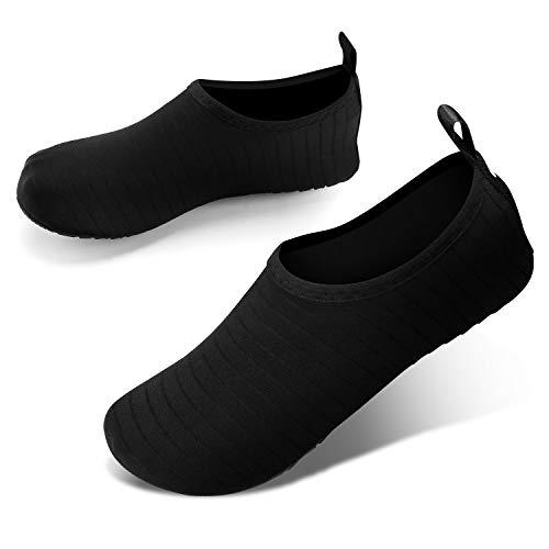 JOTO Water Shoes Chaussons Aquatiques Homme Femme Enfant Chaussures de Plage de Mer de Piscine Sandales Plastiques Anti Sable Antidérapant Sèche Vite à Utiliser dans l'Eau, sur la Plage ou Yoga