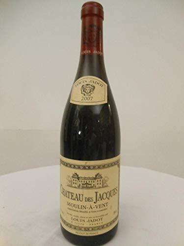 moulin à vent louis jadot château des jacques rouge 2007 - beaujolais france: une bouteille de vin. -