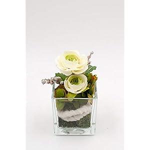 Kleines Tischgesteck im Glas Cubus mit weißen Ranunkeln-Tischdeko mit künstl.Blumen