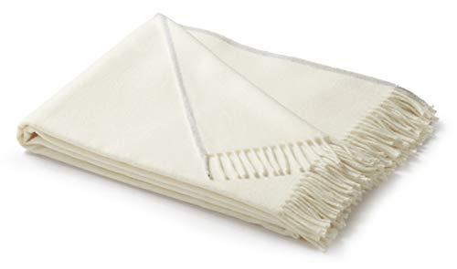 biederlack® samt weiche Natur-farbene Kuschel-Decke I Öko-Tex Zertifiziert I Fransen-Plaid in 130x170 cm | leichte Sofa-Decke in Natur-weiß | Wohn-Decke in top Qualität -