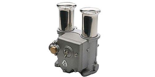 Auto Art Carburetor Advanced Salt & Pepper Shaker Set (japan import) Pepper Shaker Set