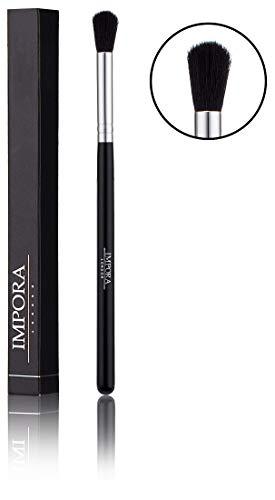 pennello da professionista del makeup crease per tecniche di diffuminatura della impora london. ideale per tecniche di diffuminatura per il make up degli occhi, come ombretti e tanto altro -- crease blending brush for eyeshadow