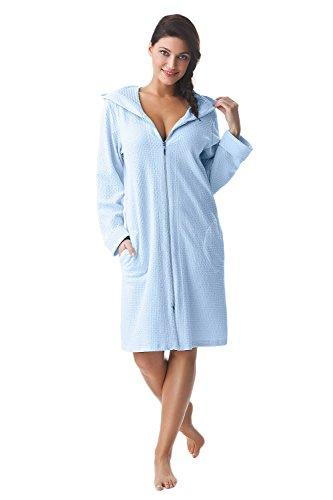 DOROTA kuscheliger und moderner Baumwoll-Bademantel mit Taschen, Reißverschluss & Kapuze Hellblau