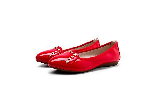 VogueZone009 Donna Tirare Tacco Basso Luccichio Chiodato Scarpe A Punta Ballerine Rosso