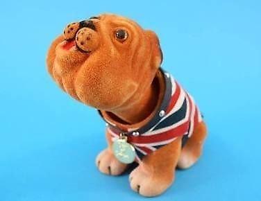 Reino Unido Bulldog británico perro cabeza tambaleante