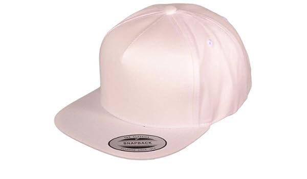 Wholesale 5 Panel Cotton Flexfit Yupoong Flat Bill Blank Snapback Hats w  Green  Underbill(White)  Amazon.co.uk  Sports   Outdoors 998e46f49dd2