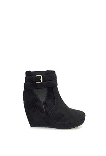 CHIC NANA . Chaussure femme bottine compensée, style daim, double bride à la cheville.