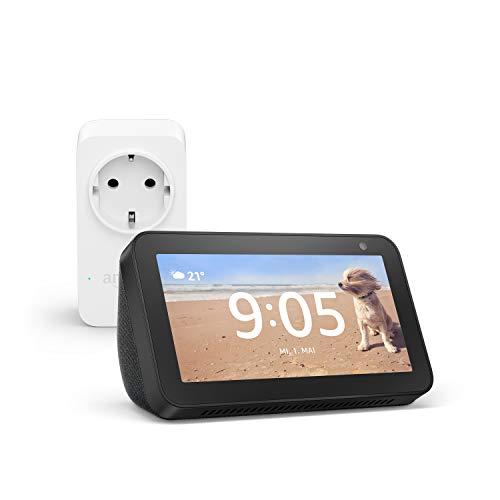 Echo Show 5 (Schwarz) + Amazon Smart Plug (WLAN-Steckdose), funktioniert mit Alexa