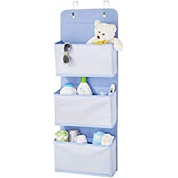 mDesign étagère suspendue sans perçage en fibre synthétique respirante - rangement suspendu à 3 poches pour la chambre d'enfants ou la chambre à coucher - étagère murale polyvalente - bleu/blanc