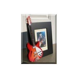 Marco de fotos el borde de guitarra en miniatura U2